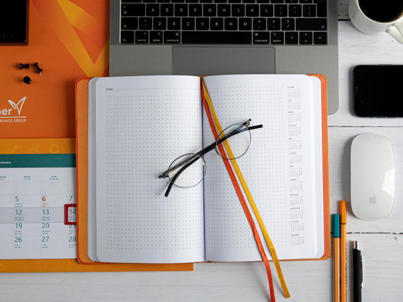 Wnętrze notesu firmowego – o możliwościach personalizacji bloków notesów firmowych